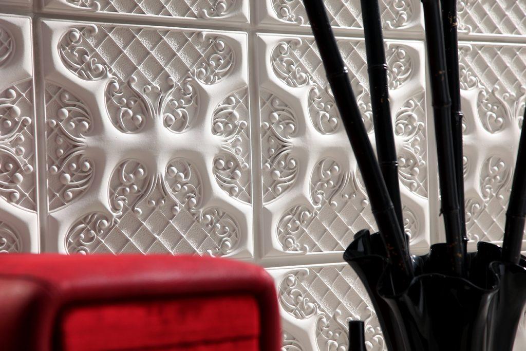 1010 White ASHFORD wall panel close up