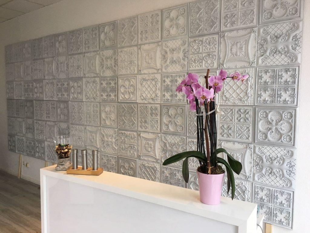 1061 Aged White Versailles Faux stone vintage wall panels - reception desk