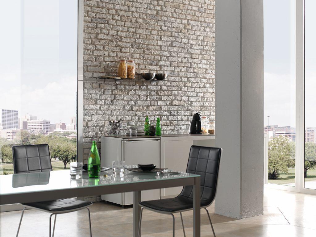 Aged White Loft Brick kitchen wall cladding (532)
